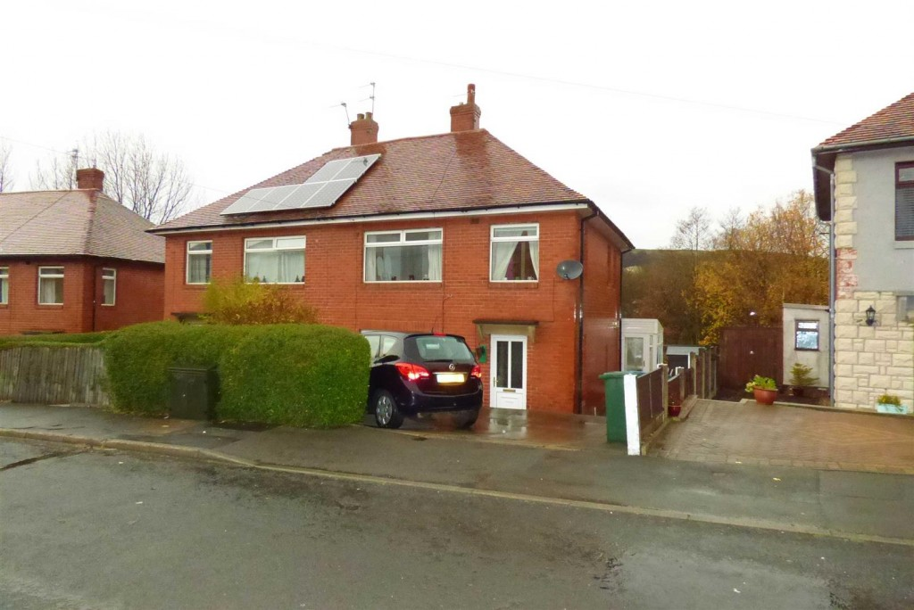 Images for Musbury Crescent, Rossendale EAID:wealehitchenapi BID:5